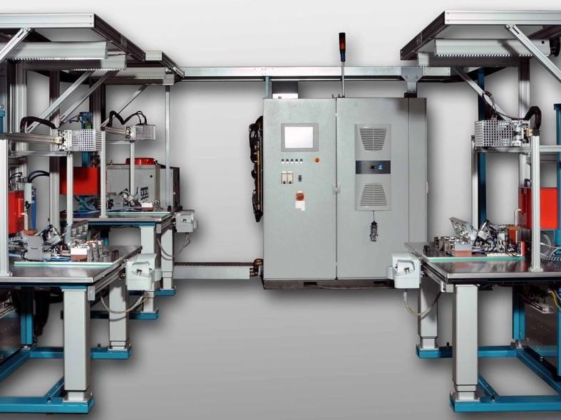 Mehrfach-Tischlötanlage - Die Induktions-Mehrfach- Tischlötanlage ist für die Mittel- bis Großserienfertigung geeignet.