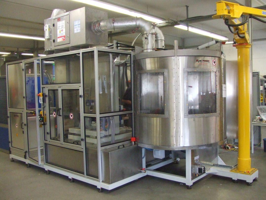 Induktions-CNC-Härtemaschine / Erwärmanlage - 4-Achsen Vorschub- / Gesamtflächen Härte-/ Erwärmanlage.